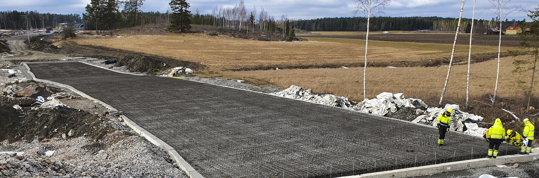 Kirismäki interchange with a pile-supported slab structure