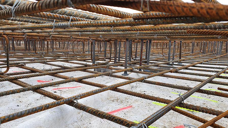 Peikon PSB-lävistysraudoitusjärjestelmä ennen betonivalua